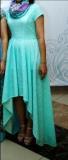 Платье  со шлейфом на прокат 10 000 тг.